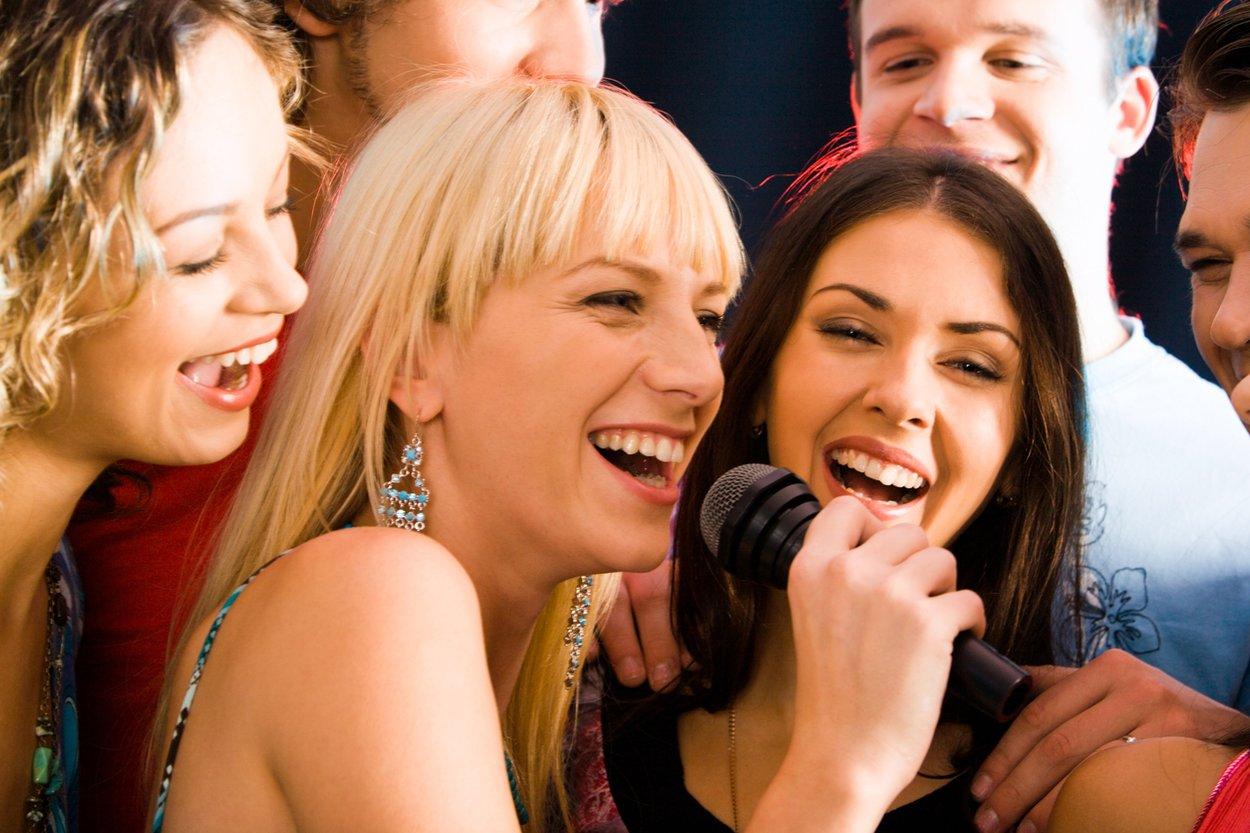 Lustige Hochzeitsspiele Karaoke Lipsync Battle