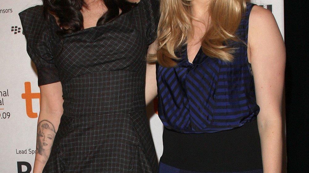 Megan Fox und Amanda Seyfried: Süße Lippenbekenntnisse