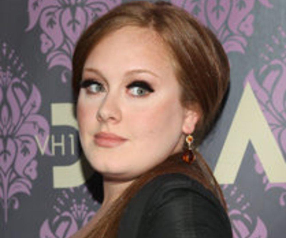 Adele spornt zum Kinder kriegen an