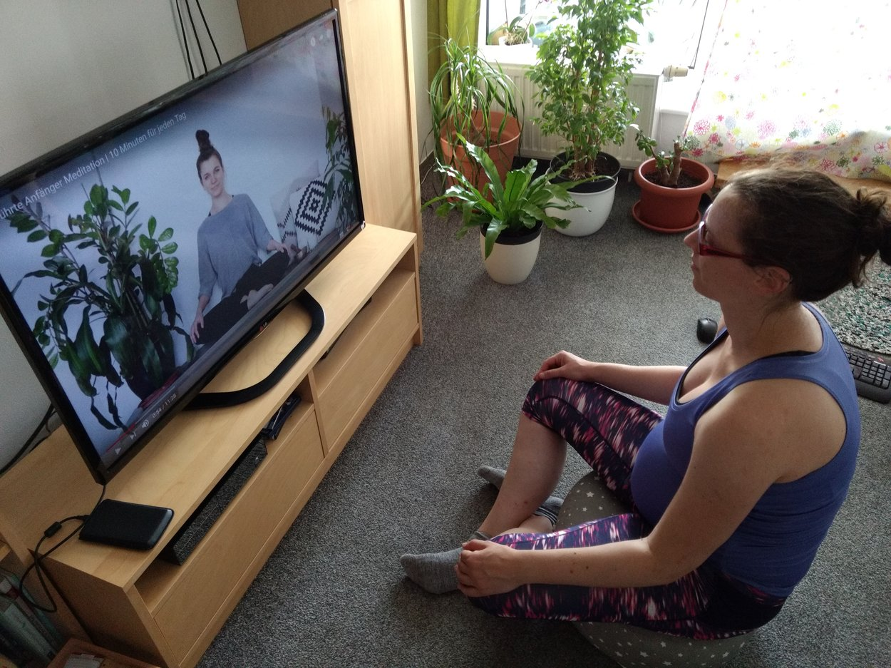 Katja beim Meditieren