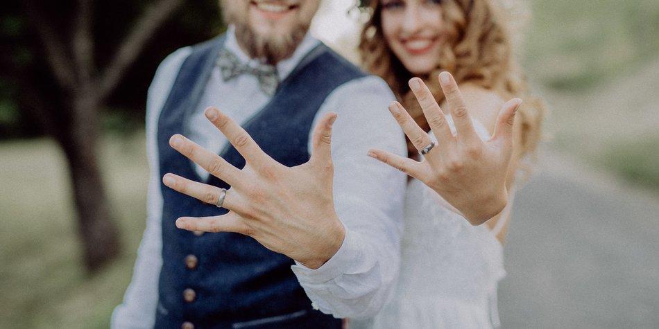 An welcher hand trägt man den ehering in deutschland