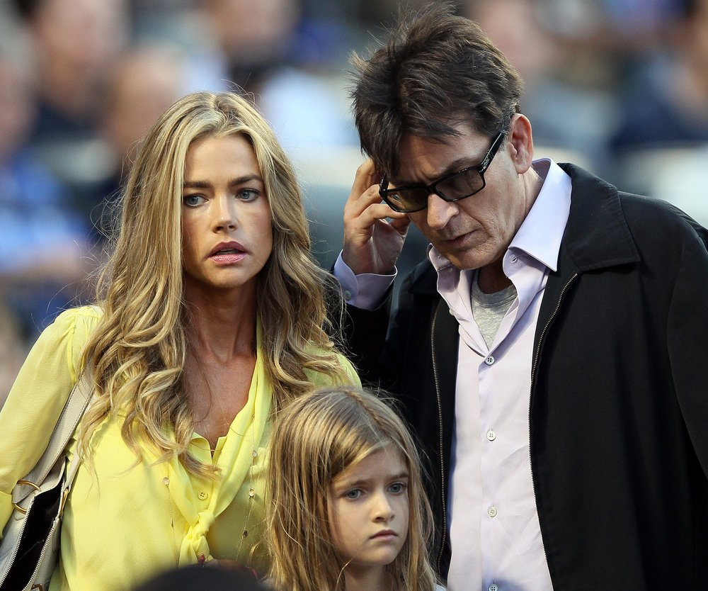 Denise Richards – Familienglück mit Charlie Sheen und Brooke