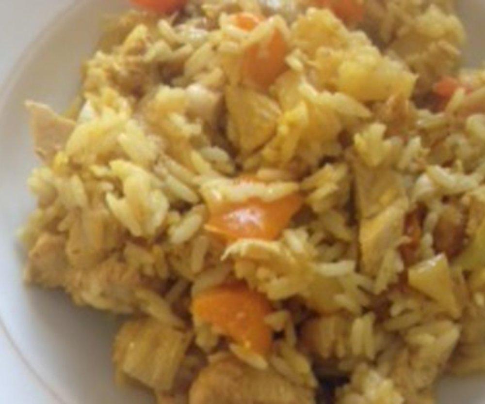 Hähnchen-Curry-Reispfanne