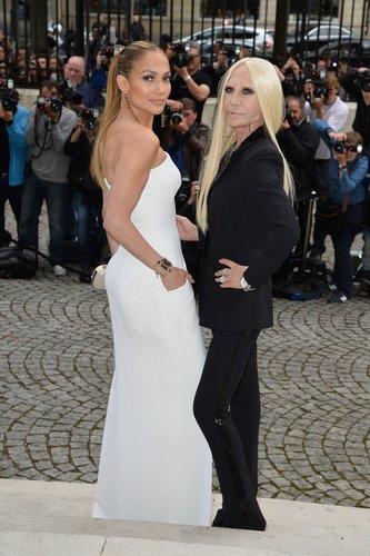 Jennifere Lopez steht auf Versace