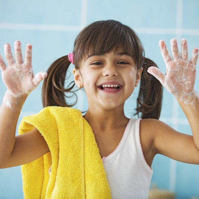 Händewaschen mit Sagrotan