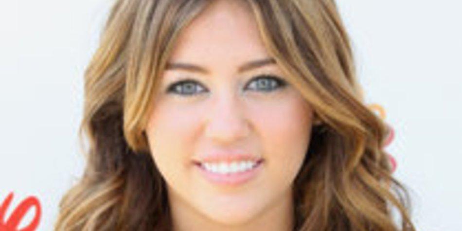 Miley Cyrus verteidigt Nacktbilder erneut