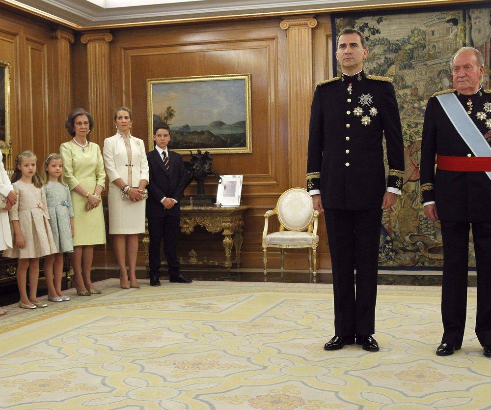 Felipe von Spanien ist König!