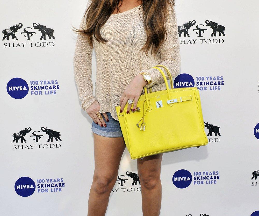 Khloé Kardashian - Bye Bye Cellulite!