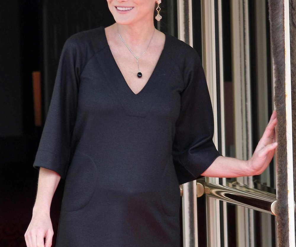 Carla Bruni vermisst Alkohol und Zigaretten