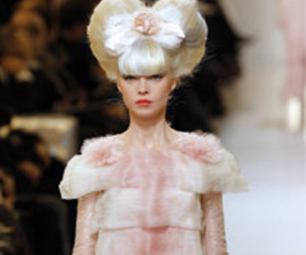 Fashion Week Paris: Haute Couture mit Chanel, Valentino und Co.