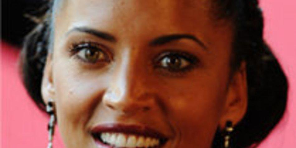 Noemie Lenoir: Selbstmordversuch aus Liebe?