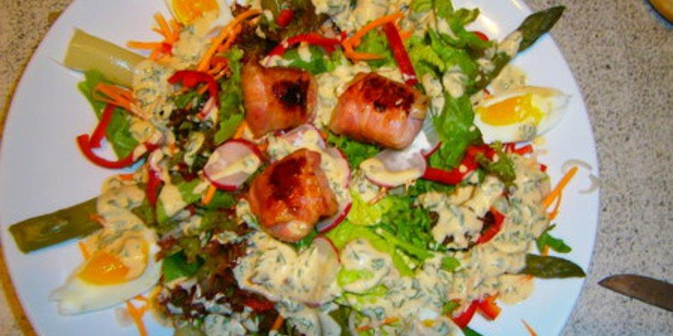 Baconpäckchen zu Salat