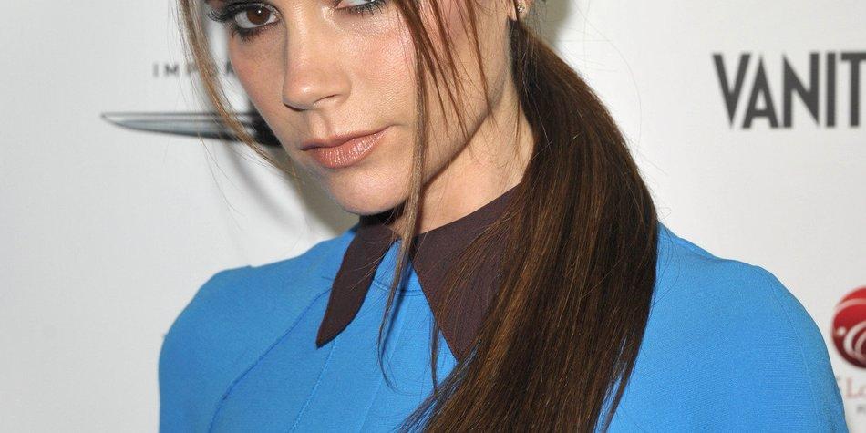 Victoria Beckham spendet Harpers alte Babykleidung