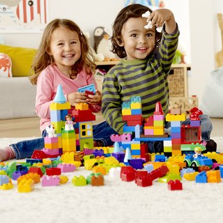 DUPLO_KIDS_1HY14_GENERIC+BRICKS_09_square