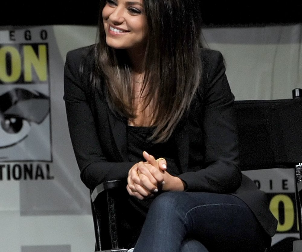"Mila Kunis: ""Die Pubertät ist Ashtons Problem!"""