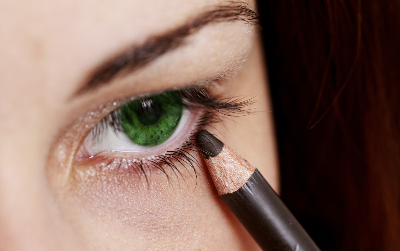 Genial Augen Make Up Schritt Für Schritt Foto Von Vermeide Den Eulen-effekt!