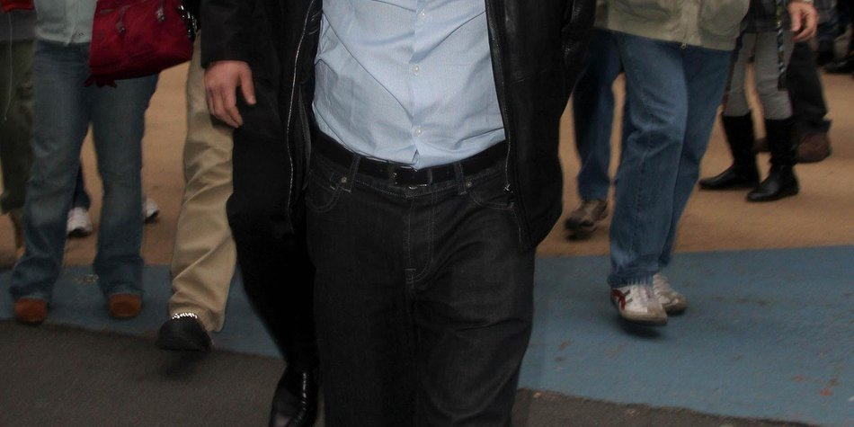 Charlie Sheen stiftet seine Fans zu Straftaten an
