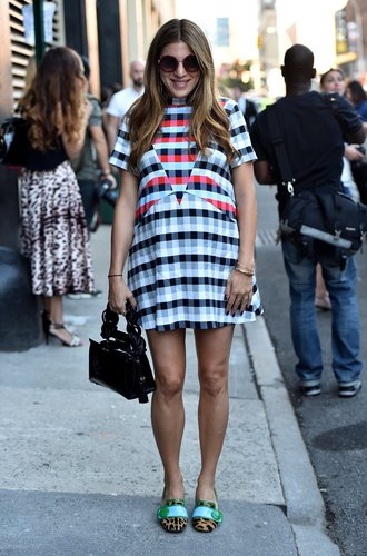 NEW YORK, NY - SEPTEMBER 11: A guest in street style arrives at Spring 2016 New York Fashion Week: The Shows at Skylight at Clarkson Sq on September 11, 2015 in New York City. (Photo by Mike Coppola/Getty Images for NYFW: The Shows)