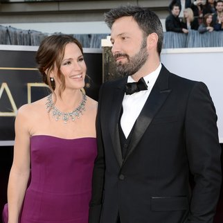 HOLLYWOOD, CA - FEBRUARY 24: Actors Jennifer Garner(L) and Ben Affleck arrive at the Oscars at Hollywood & Highland Center on February 24, 2013 in Hollywood, California. (Photo by Jason Merritt/Getty Images)
