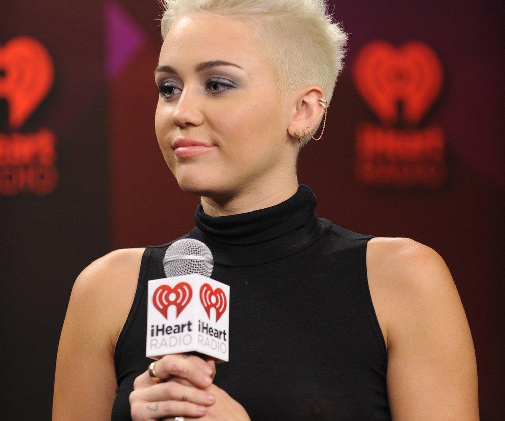Miley Cyrus: In Trauer um ihren Hund