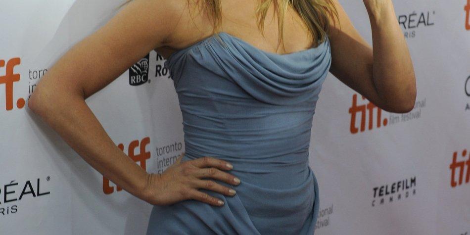 Jennifer Aniston shoppt Hochzeitskleider