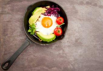 Eier und Avocado