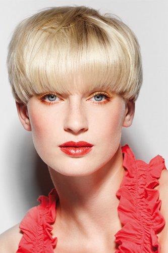 Blonder Pagenkopf