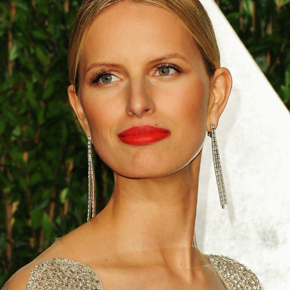 Karolina Kurkova verrät das Geheimnis ihrer Haut