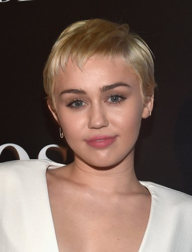 Miley Cyrus auf dem Red Carpet