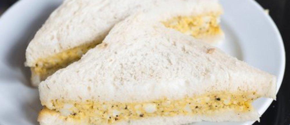 Eiersalat mit Senf