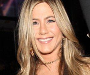 Jennifer Aniston trägt vibrierenden BH