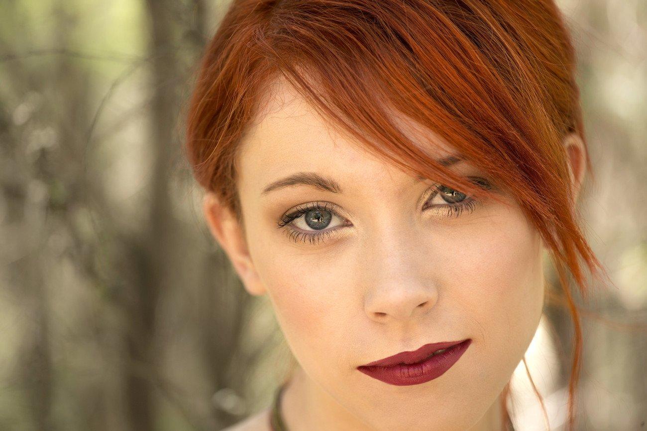 Grüne Augen schminken - rote Haare