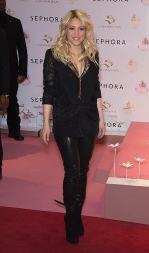 Shakira hat eine Topfigur