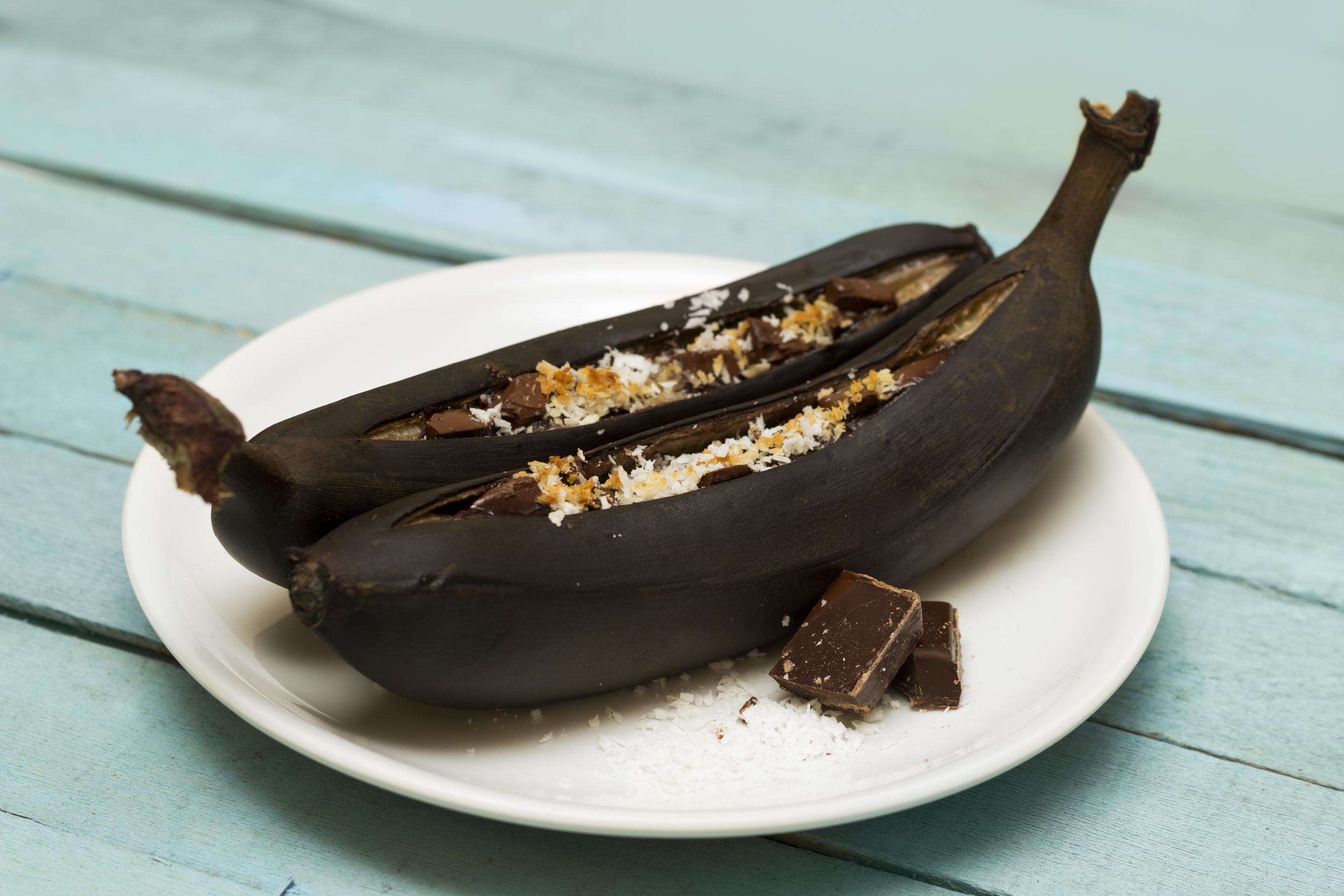 Картинки по запросу бананы с маршмеллоу на огне
