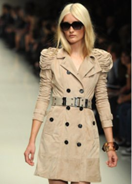 Trenchcoat von Burberry auf der Fashion Week London
