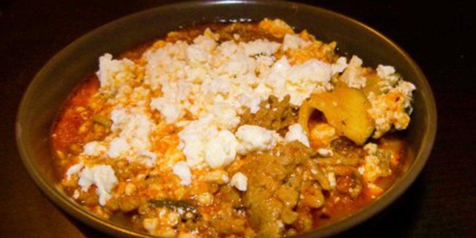 Zucchini-Feta Pfanne