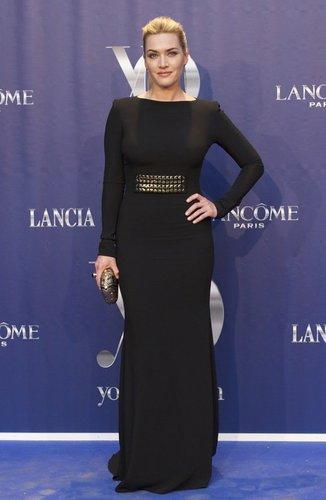 Kate Winslet in einem eleganten Kleid
