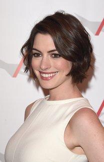 Anne Hathaway: Stufiger Bob