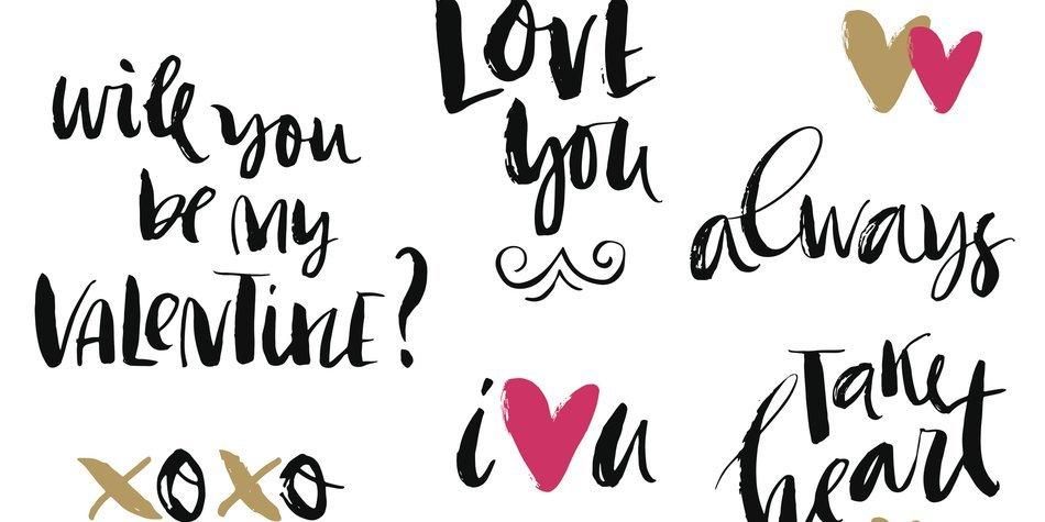 Handwritten modern lettering.