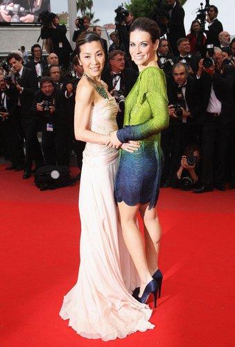 Evangeline Lilly mit Michelle Yeoh strahlen 2010 in Cannes