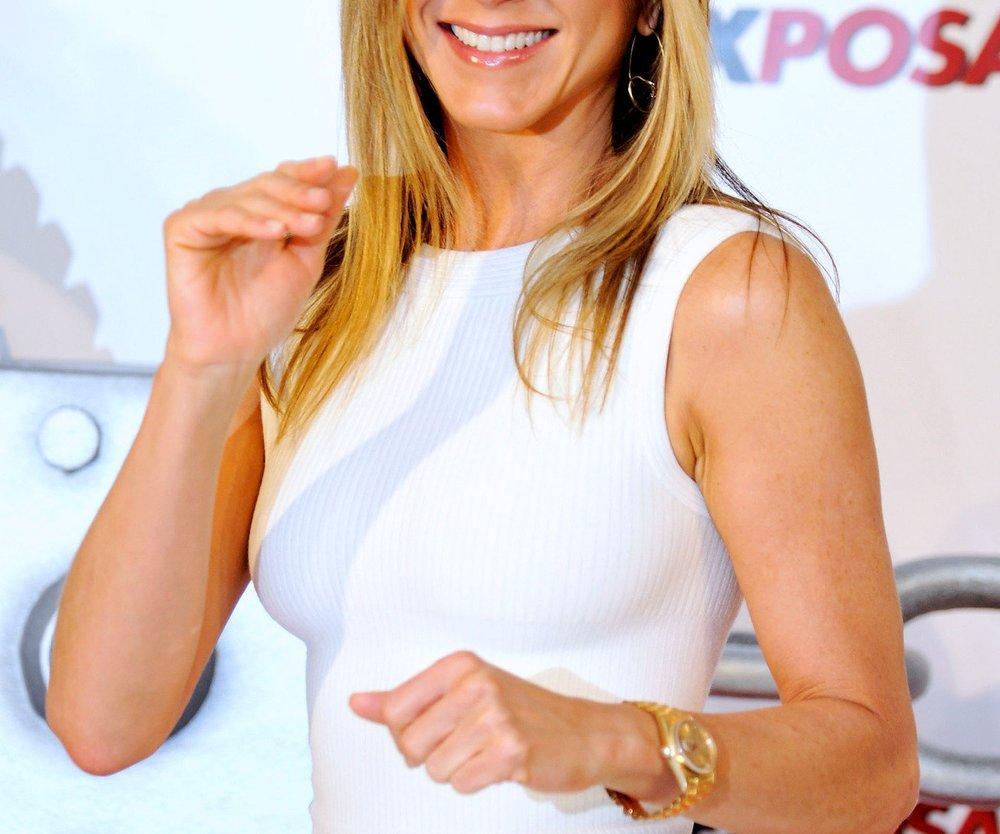Jennifer Aniston: Hochzeitskleid gesucht!