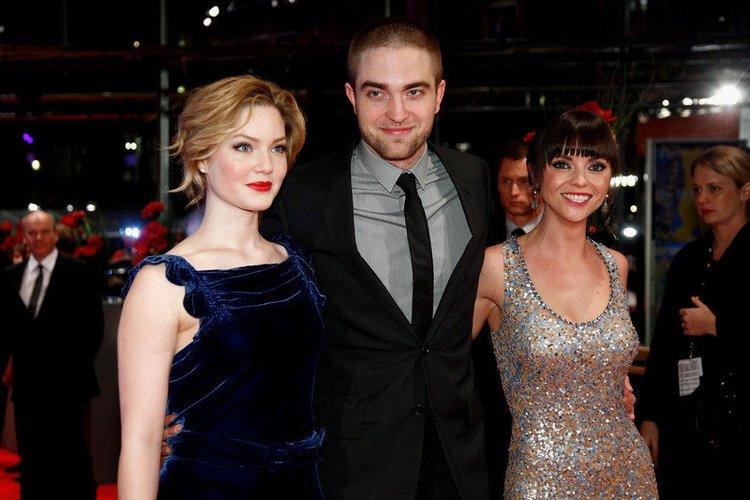 Robert Pattinson präsentiert zusammen mit Holliday Grainger und Christina Ricci 'Bel Ami' auf der Berlinale 2012.