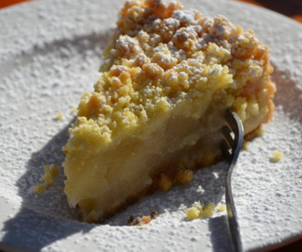 Omas Apfelkuchen mit Streusel