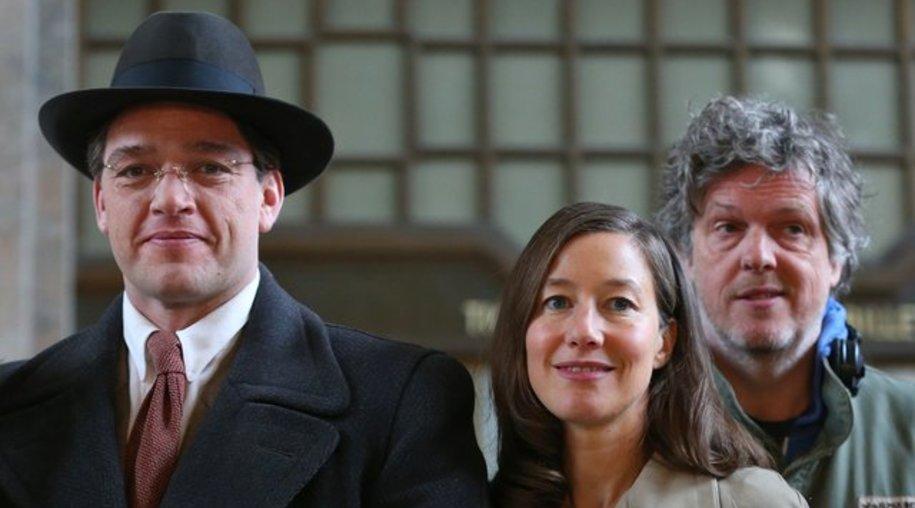 Ronald Zehrfeld (l-r) und Johanna Wokalek mit Regisseur Matthias Glasner in Lindau (Bayern).