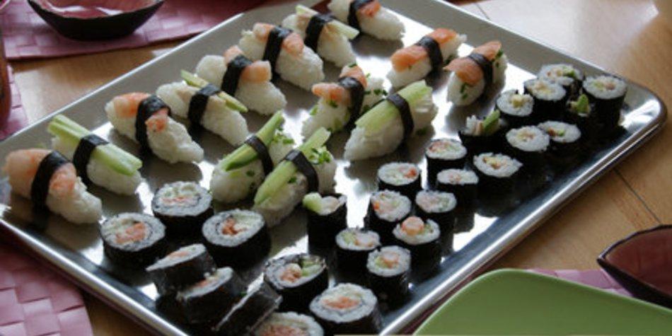 Maki und Nigiri Sushi