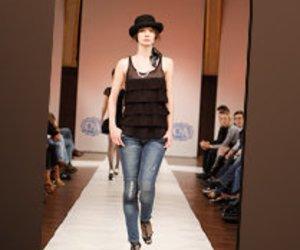 Jeans, Jeans, Jeans - Ein Trend von Kopf bis Fuß!