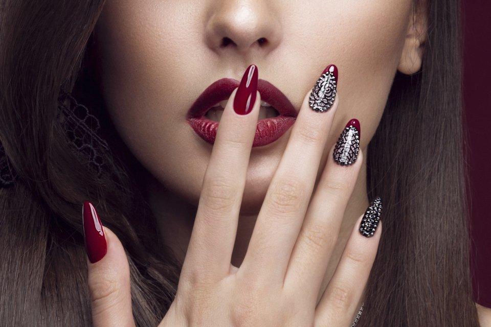 Fingernägel spitz künstliche künstliche Nägel