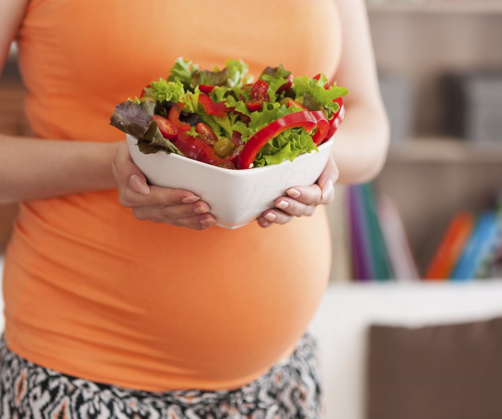 1. Tipp gegen Dehnungsstreifen: Ernährung