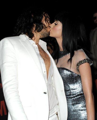 Komiker Russell Brand liebt Katy Perry