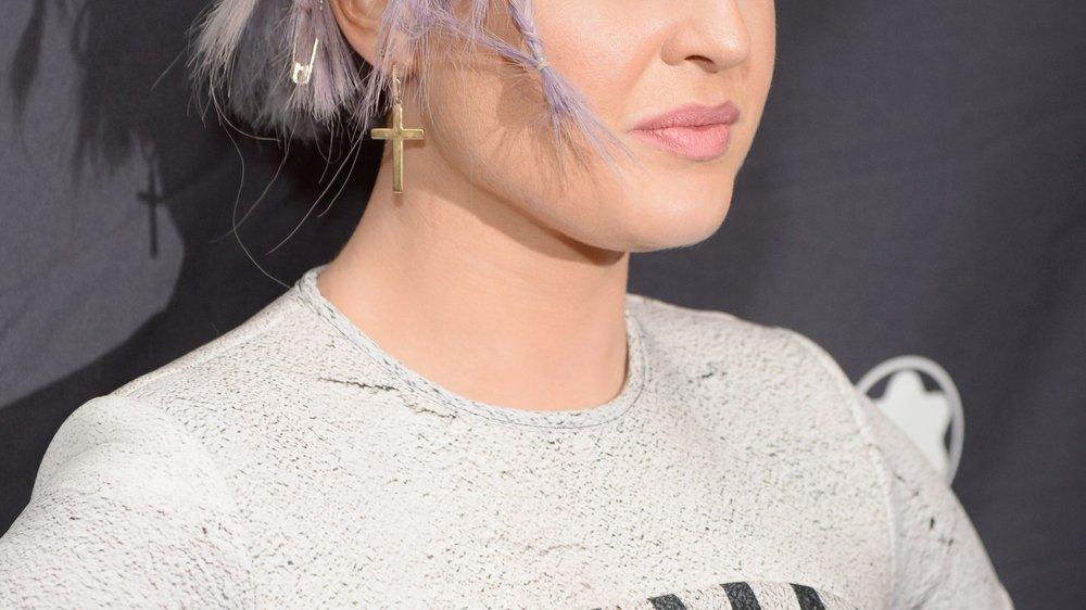 Kelly Osbourne lässt tief blicken